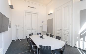 Stuck und Altbaucharme beim Büro mieten in Wien Innere Stadt