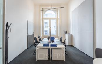 Hohe Decken in den Privatbüros zur Miete in Wien Innere Stadt
