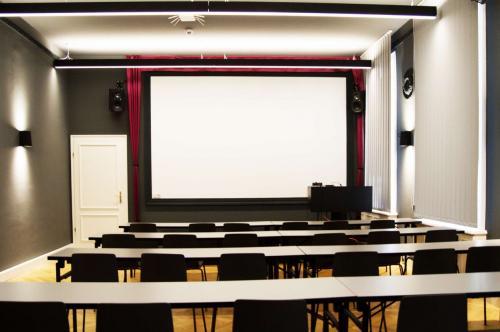 Beeindruckender Konferenzraum im Business Center in Wien, 1010, Hohenstaufengasse