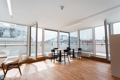 Große Business-Lounge des Bürogebäudes in Wien, 1020 an der Unteren Augartenstraße