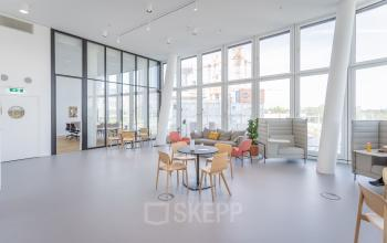 Highly modern social heart of the office space for rent in Vienna
