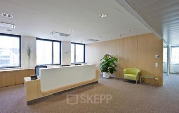 Erstklassiger Empfangsbereich im Business Center am Europaplatz in Wien Rudolfsheim-Fünfhaus