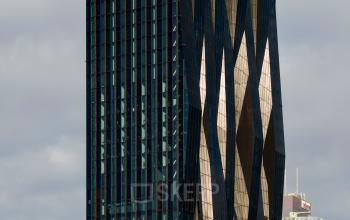 Atemberaubende Außenansicht des Bürogebäudes an der Donau-City-Straße in Wien 1220