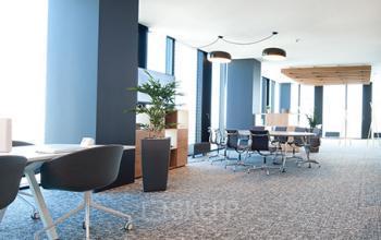 Gemütlicher Gemeinschaftsbereich im Business Center in 1220 Wien-Donaustadt