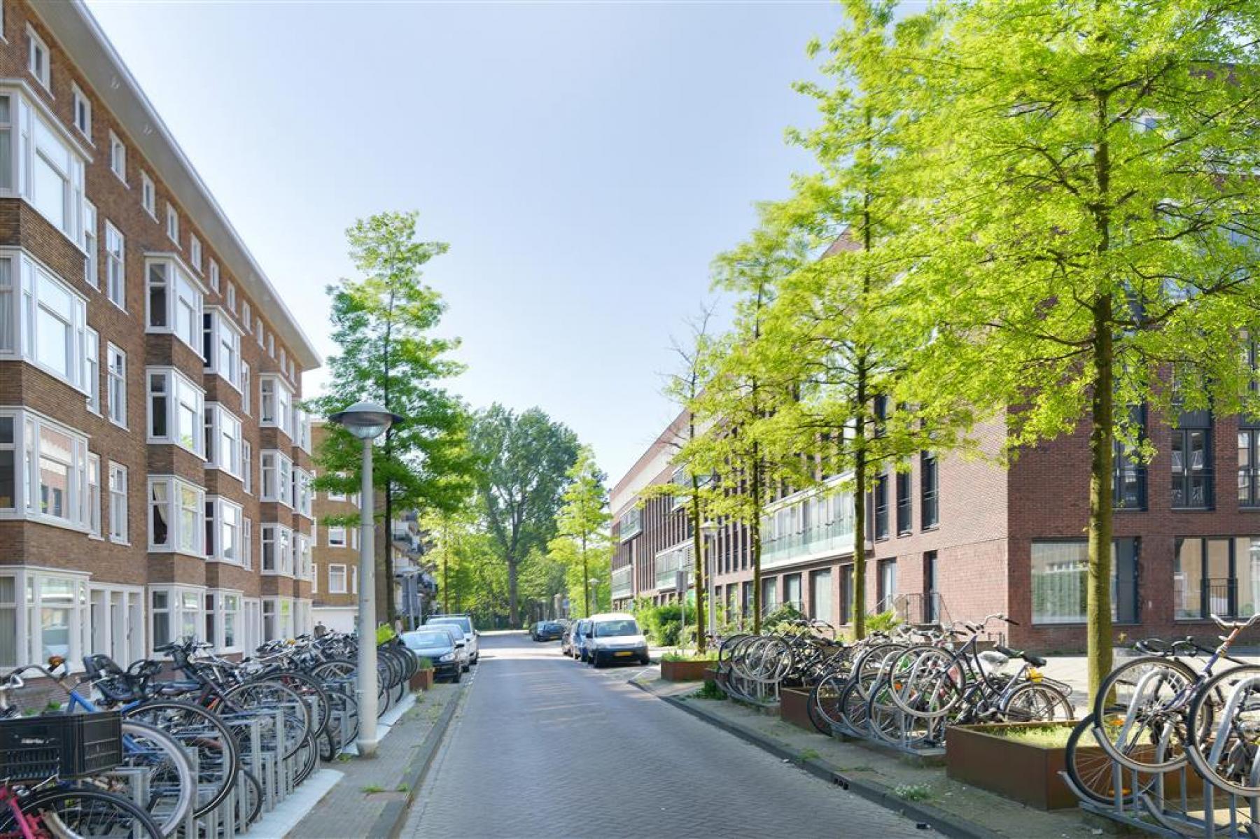 kantoorgebouw amsterdam Elckerlijcstraat fietsenstalling amsterdam centrum huur SKEPP