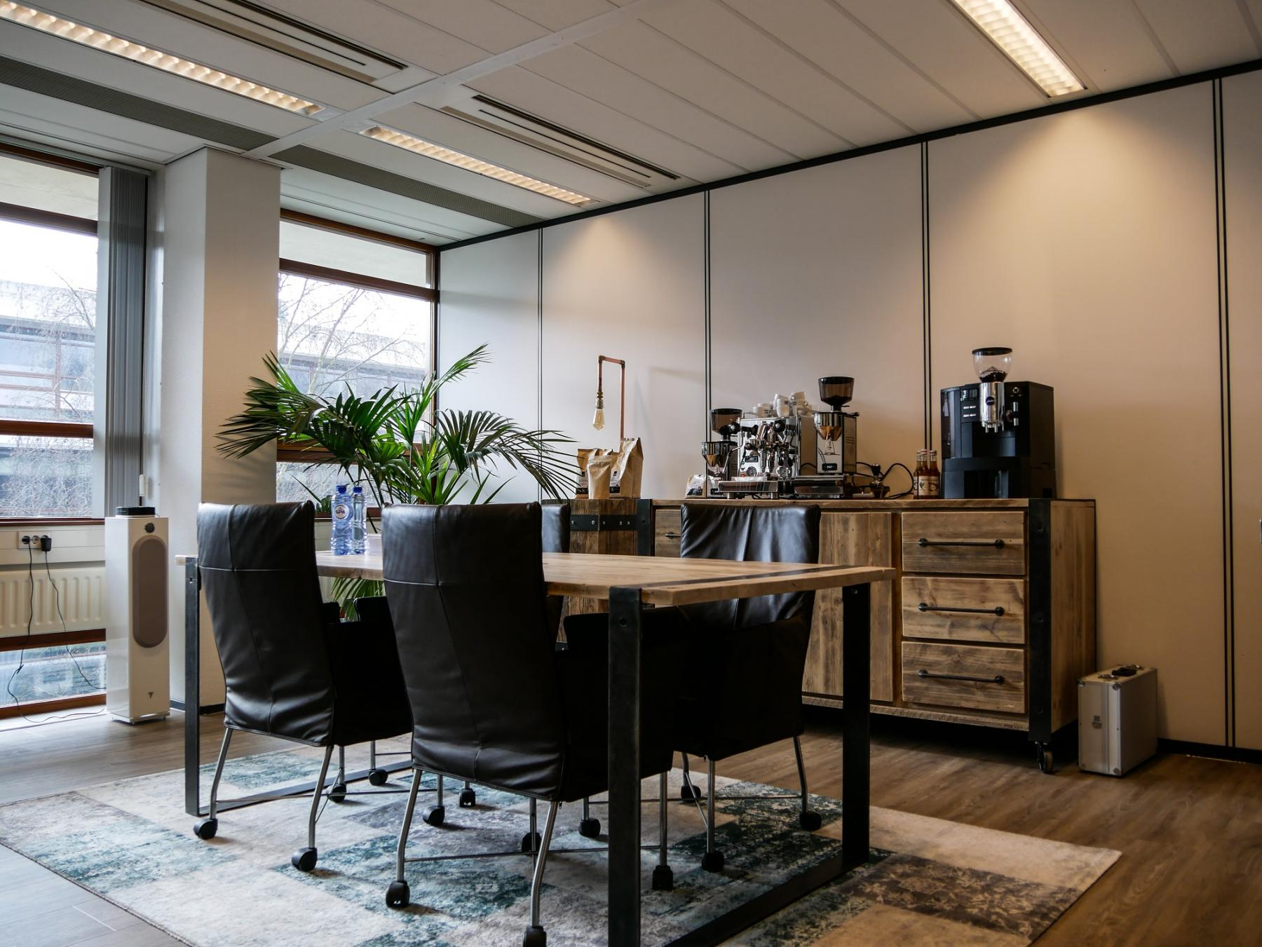 office room for rent in rijen industrial