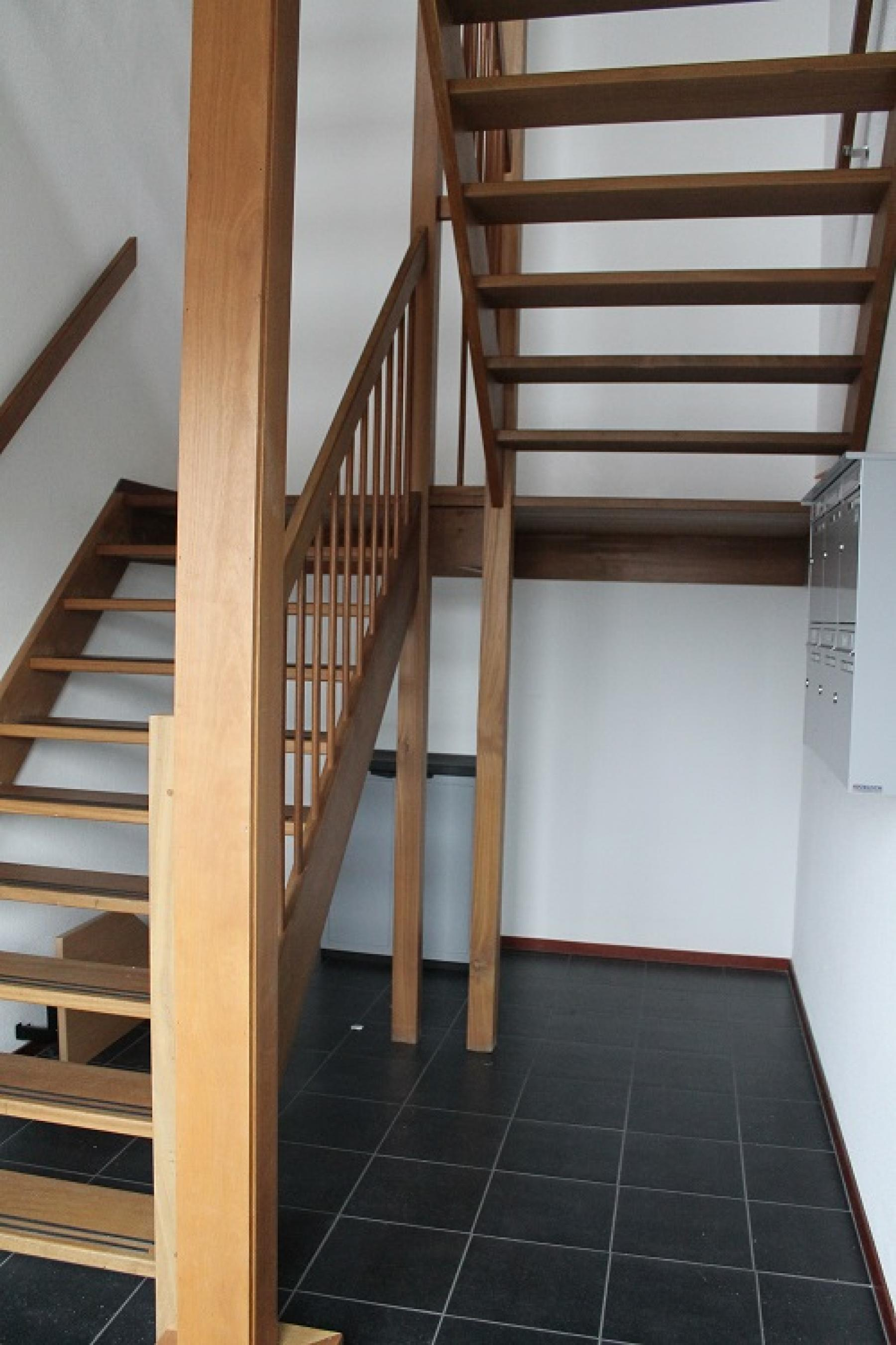 salomonstraat trap entree