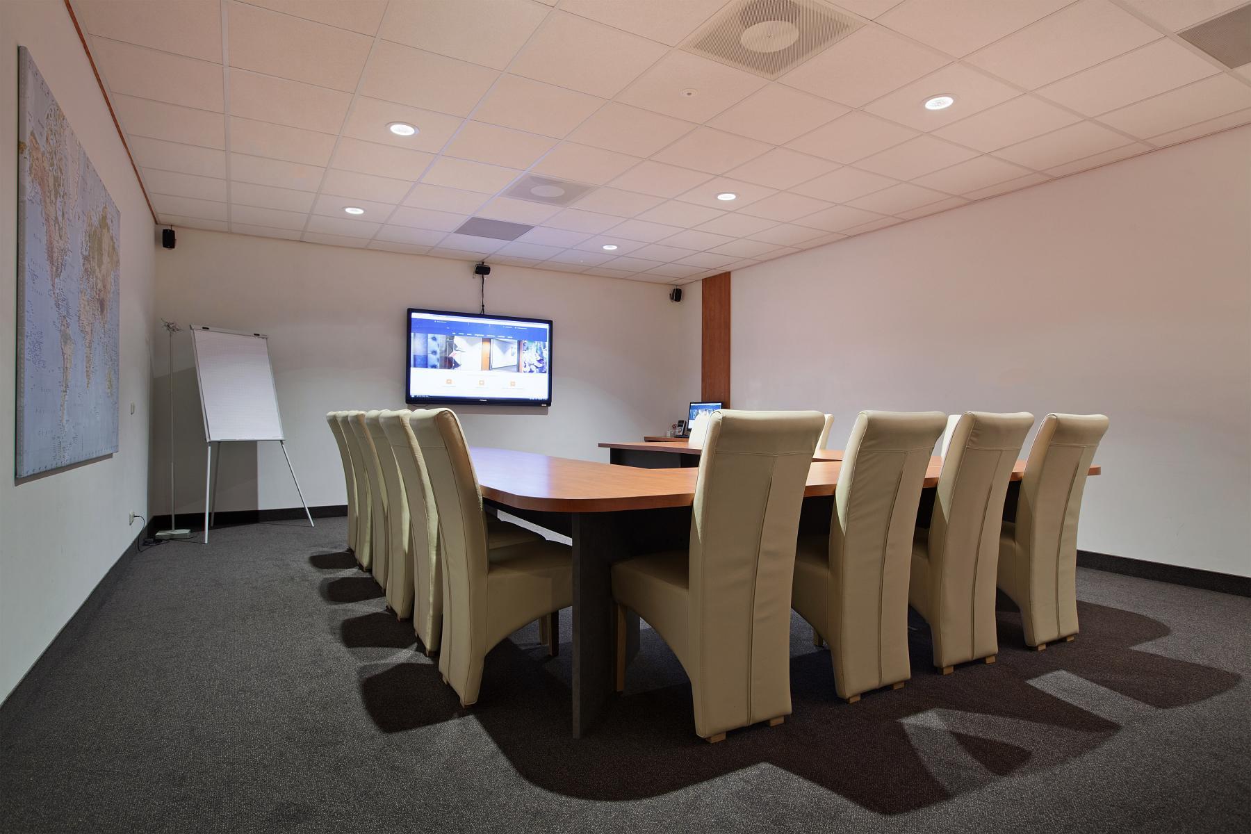 flexplek huren aan twentepoort oost in almelo met vergaderruimte