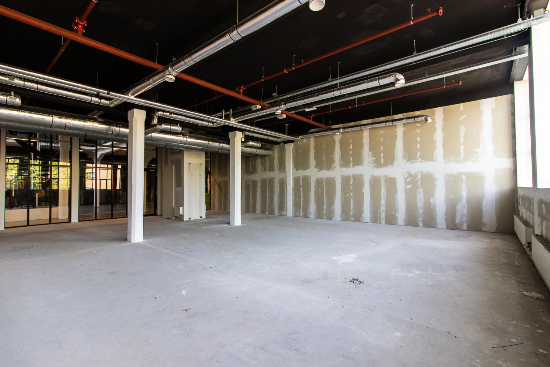 Office spaces for rent at the Twentheplein in Almelo