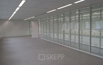 kantoorkamer kantoorruimte werkplek vergaderruimte Almere
