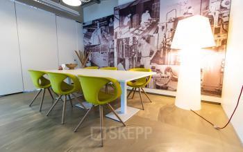 Meeting room office space