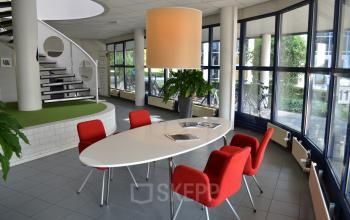 hallway office building amersfoort table and chairs