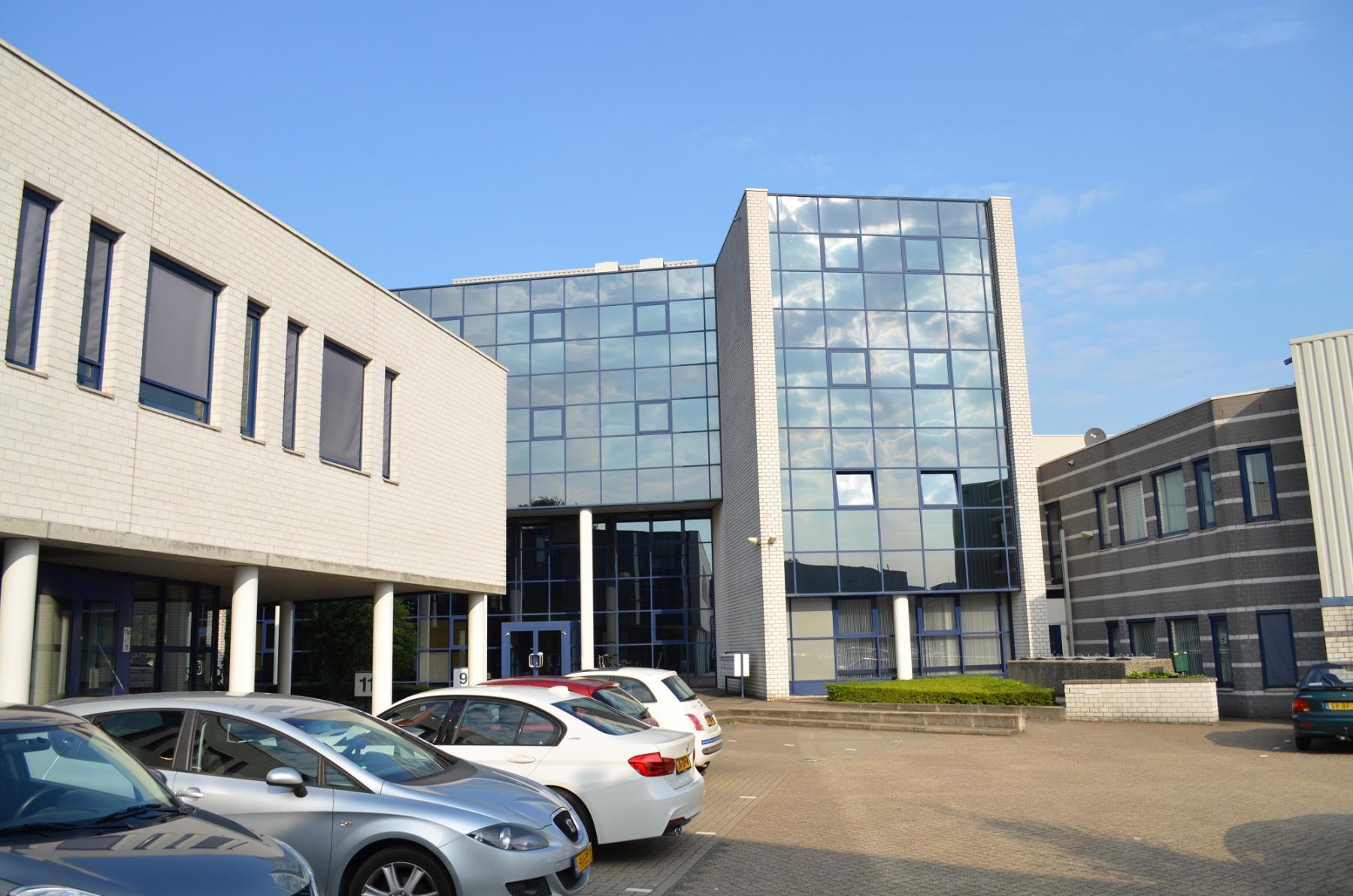 office building amersfoort glass modern