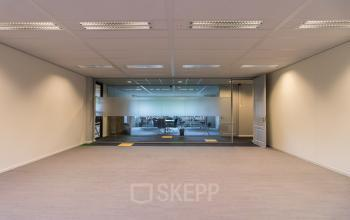Multiple representative office spaces for rent