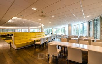 Office building with spacious and modern restaurant