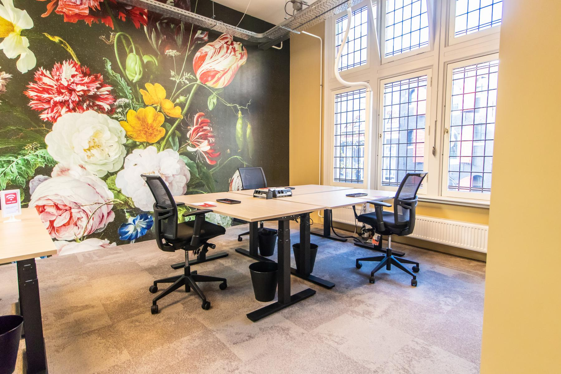 Modern deco office Amsterdam