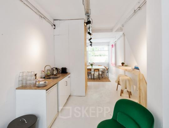 office space in amsterdam with small pantry