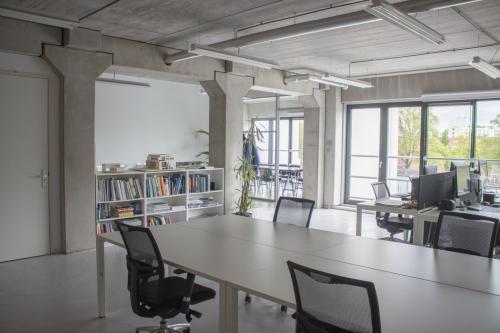 Rent office space Wilgenweg 22C, Amsterdam (1)