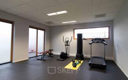 gym in office building amsterdam