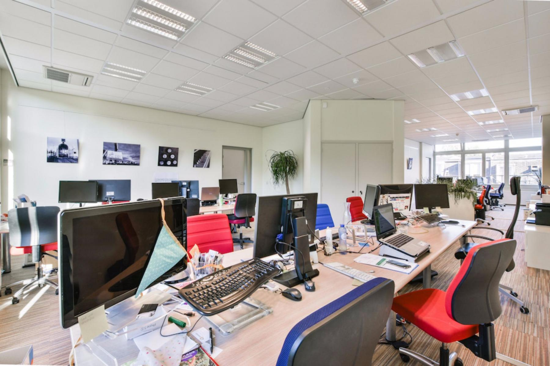 working places for rent office building Amsterdam