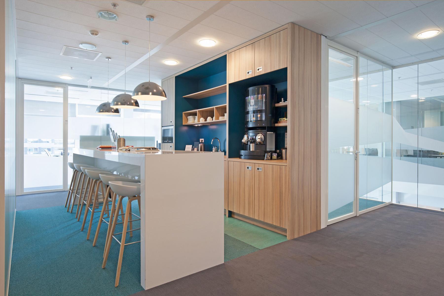 binnenzijde kantoorgebouw koffiecorner amsterdam parnassusweg