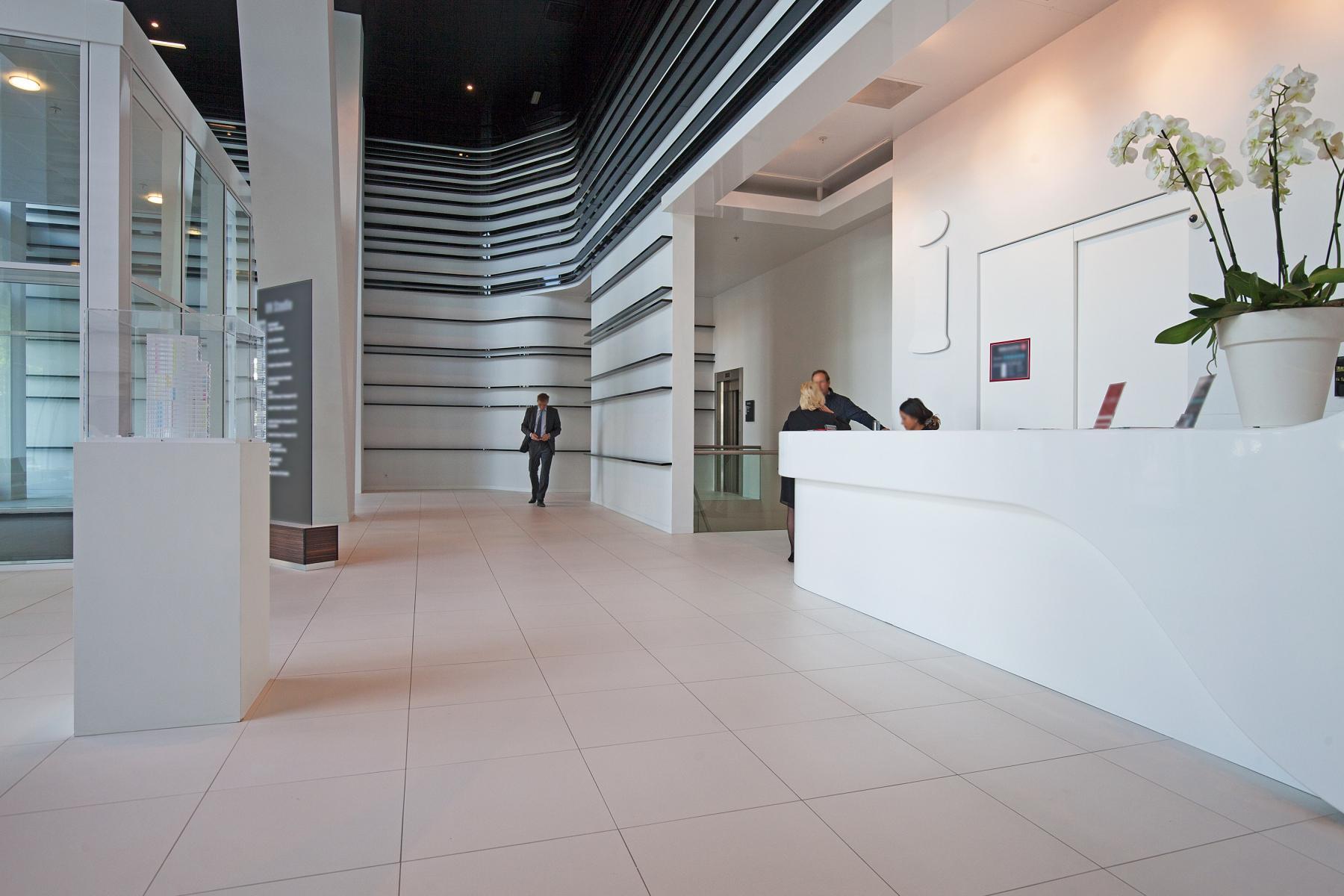 entree kantoorgebouw receptie parnassusweg amsterdam