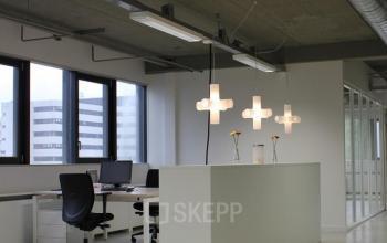 kantoorkamer beschikbaar hogehilweg amsterdam zuidoost modern kantoorpand