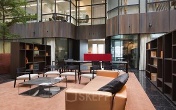 algemene ruimte kantoorgebouw amsterdam strawinskylaan loungeruimte