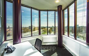 uitzicht kantoor amsterdam kingsfordweg sloterdijk kantoorruimte ingericht gemeubileerd