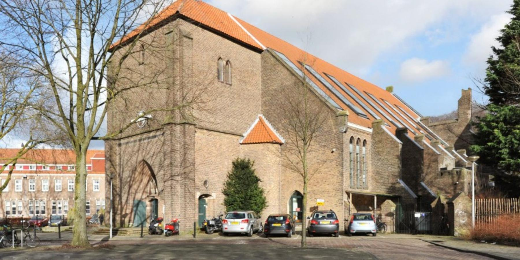 kantoorpand Amsterdam Hagedoornplein te huur buitenzijde