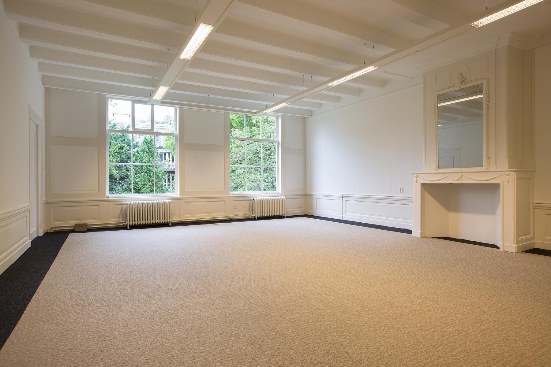 kantoorunit te huur herengracht amsterdam haard wit