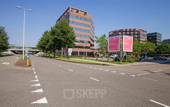 kantoor te huur in amsterdam zuidoost aan snelweg