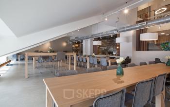kantoorgebouw amsterdam gemeenschappelijke ruimte kantoor te huur stadion