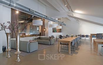 gemeenschappelijke ruimte kantoorgebouw amsterdam olympisch stadion lounge