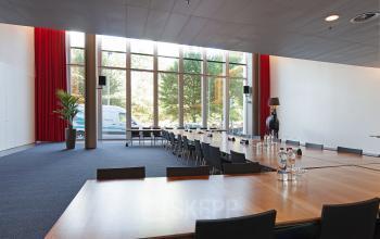 presentatieruimte vergaderruimte presenteren kantoorpand Amsterdam Zuidas