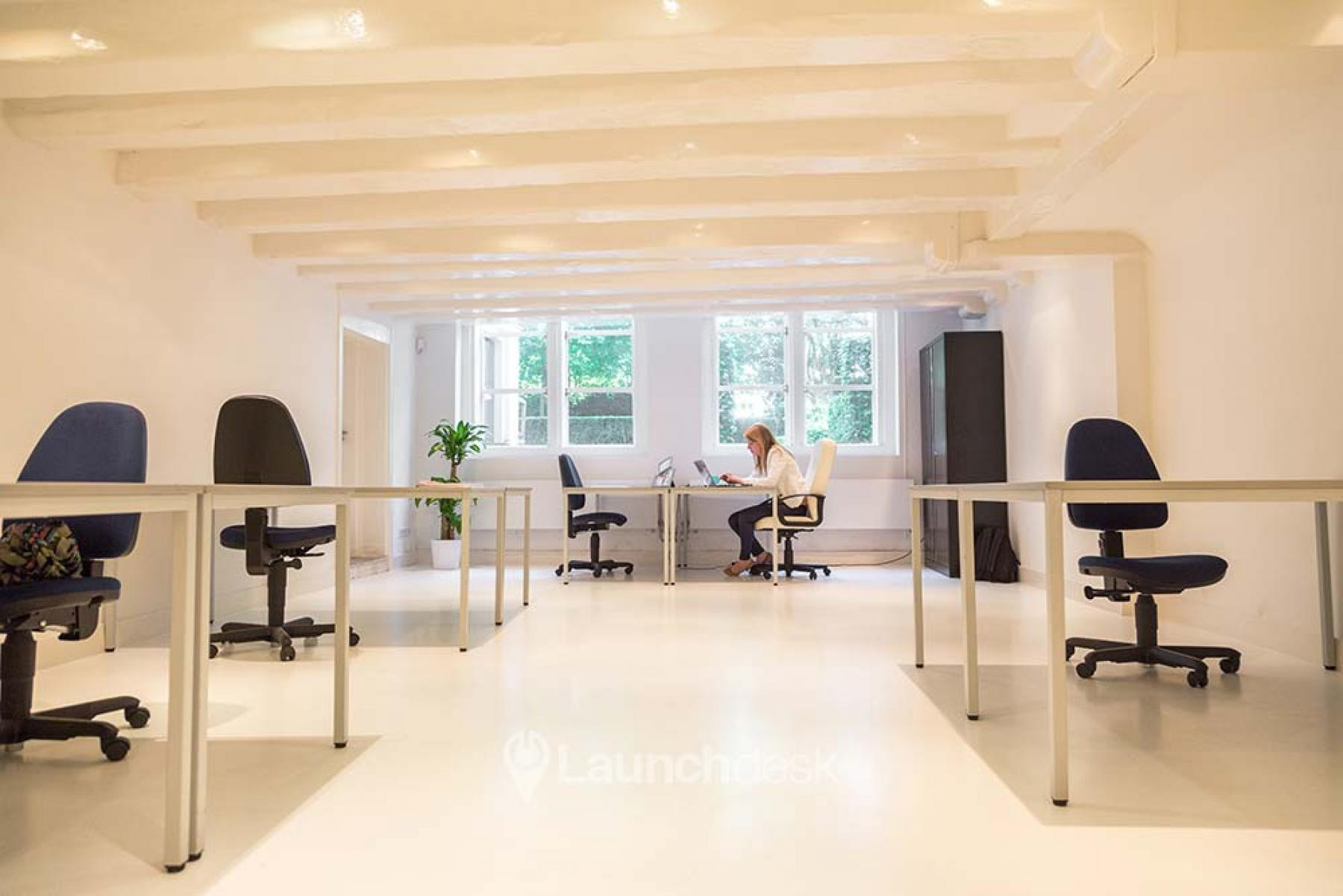 rent coworking office space in amsterdam centrum herengracht driekoningen 2494