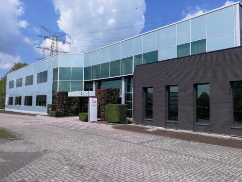 bedrijvencentrum antwerpen schelle kantoor te huur buitenkant parking