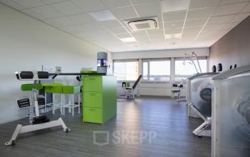 werkplek huren aan oude apeldoornseweg in apeldoorn met fitnessruimte