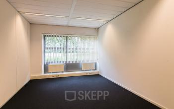 Light and very neat office spaces for rent