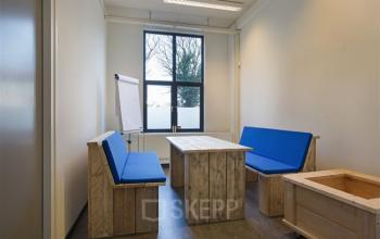 informeel vergaderen kantoorruimte assen