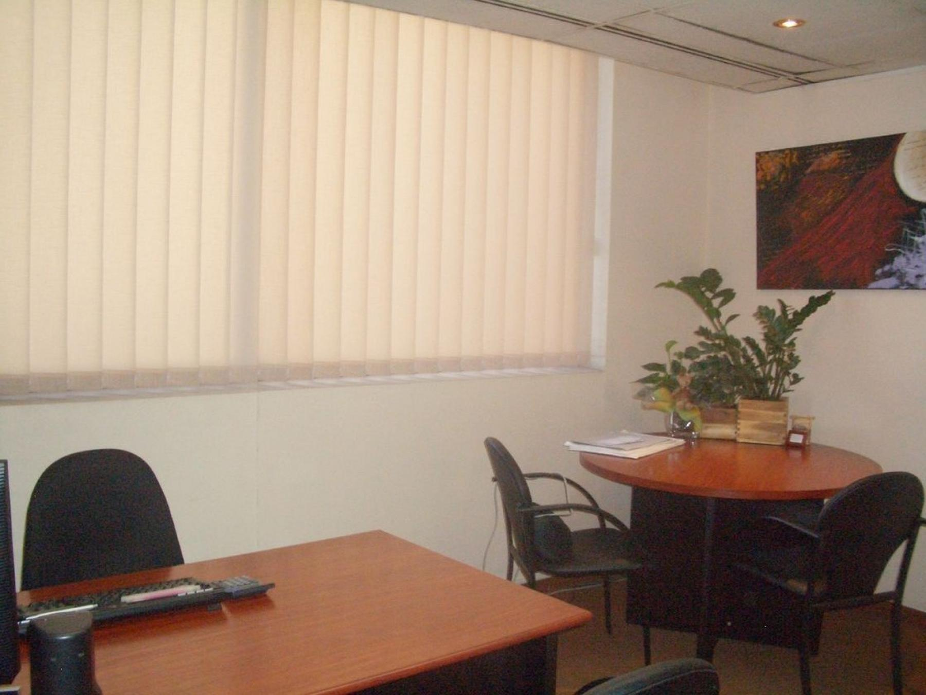 One of the offices available at Carrer de la diputació