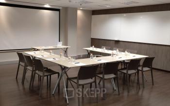 Sala de reunion flexible que se puede ajus