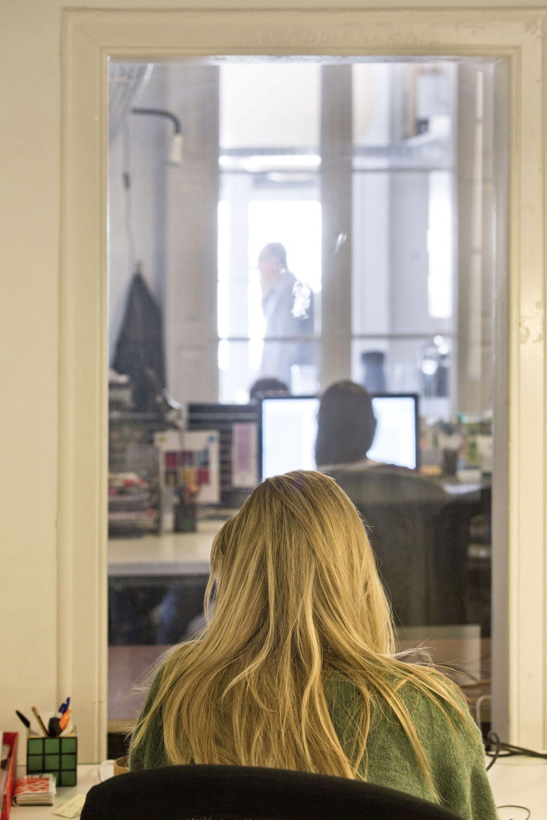 Ven a trabajar con nosotros en Coworking BCN575