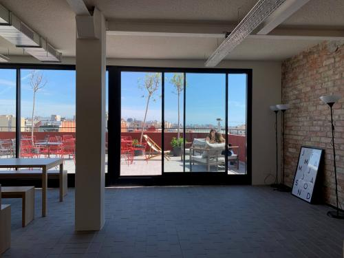 Alquilar oficinas Carrer del Comte Borrell 62, Barcelona (2)