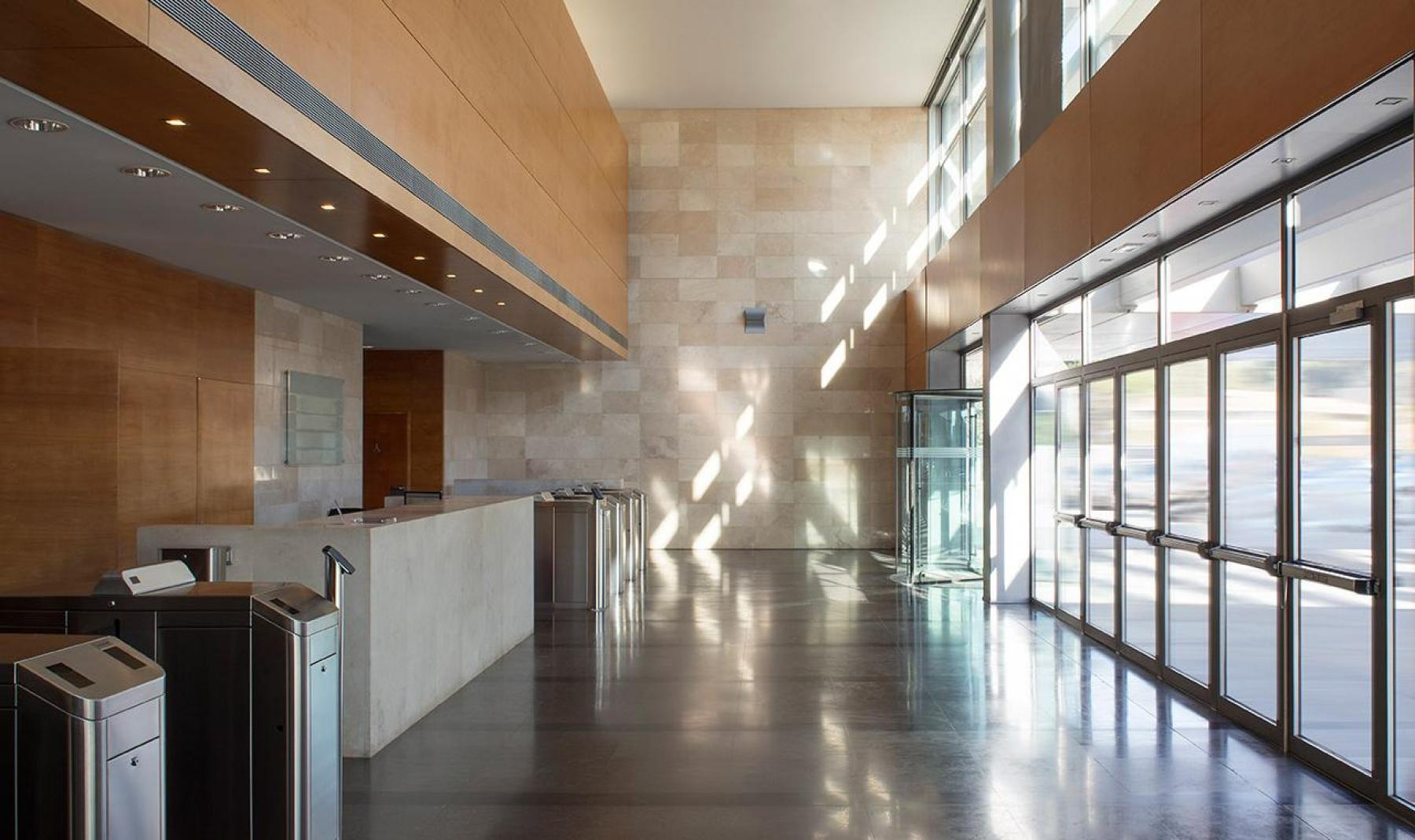 Rent office space Plaça de Xavier Cugat 2,  (4)