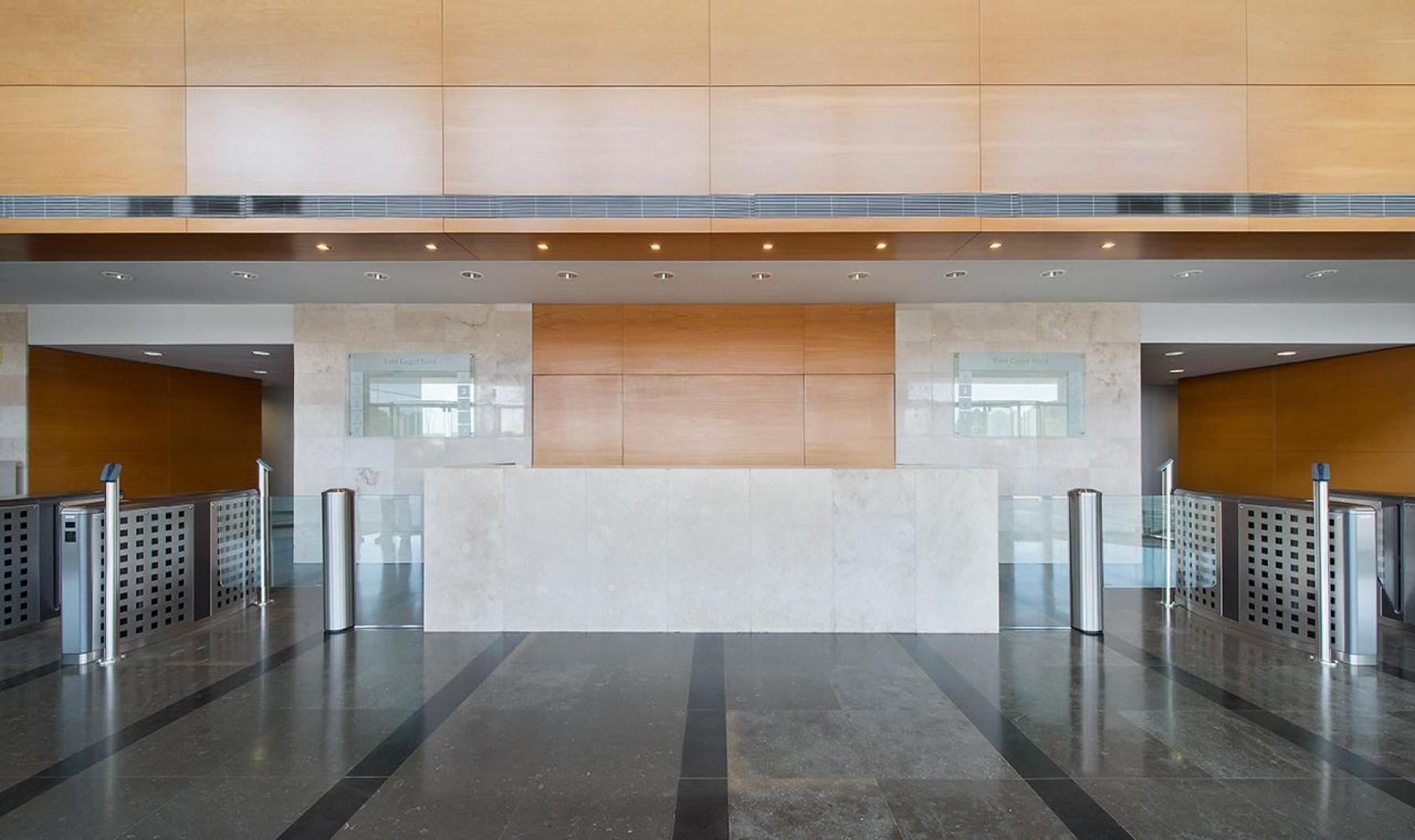 Rent office space Plaça de Xavier Cugat 2,  (3)