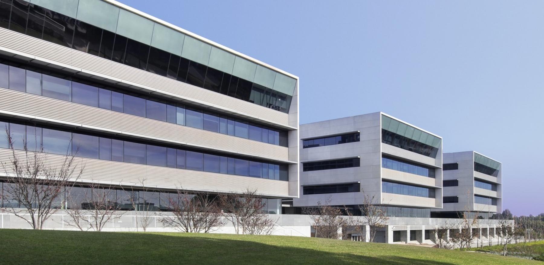 Rent office space Plaça de Xavier Cugat 2,  (2)
