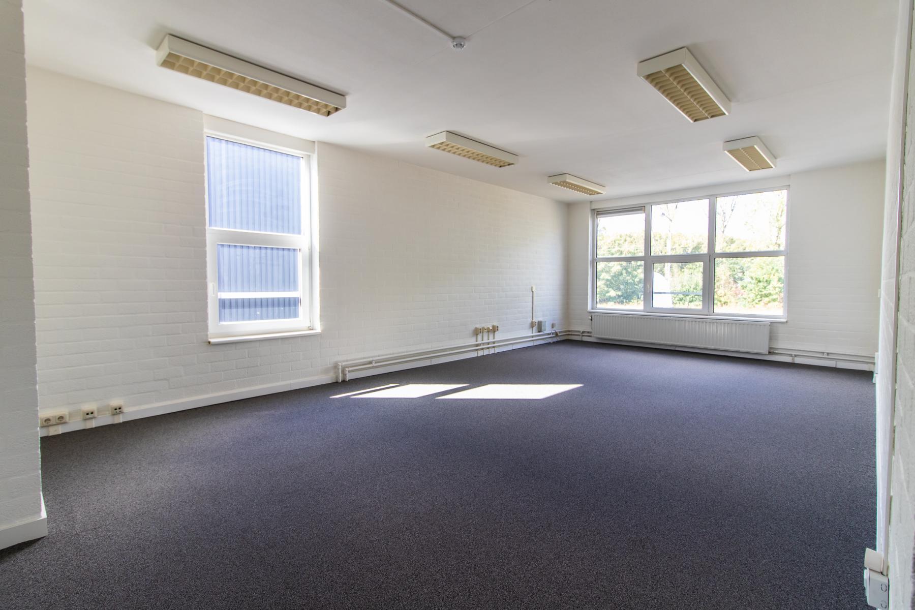 Rent office space Middelweg 25, Beek Lb (10)