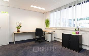 kantoorruimte binnenzijde werkplek