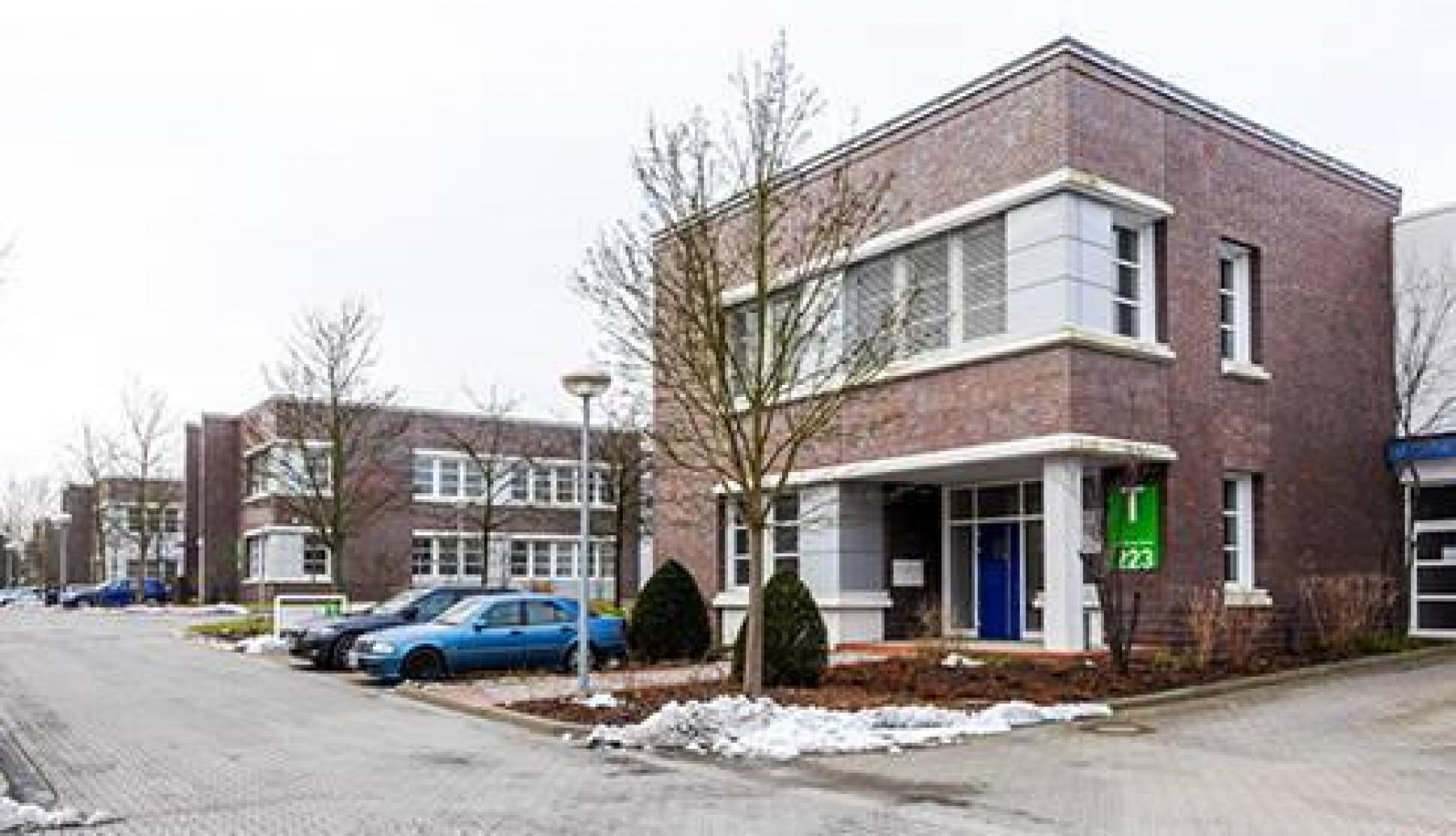 Modernes Bürogebäude an der Landsberger Straße in Berlin-Marzahn